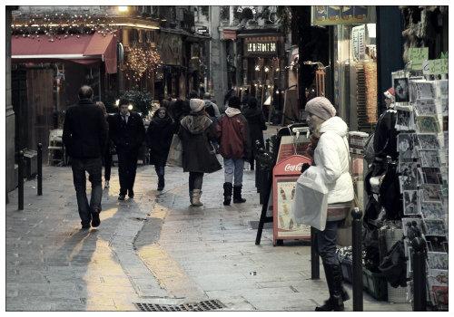 Улочки города.