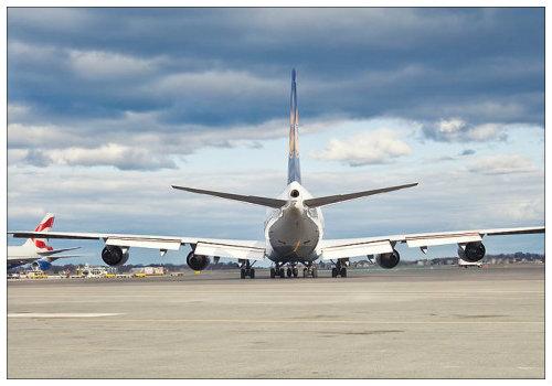 Самолет готов к взлету.