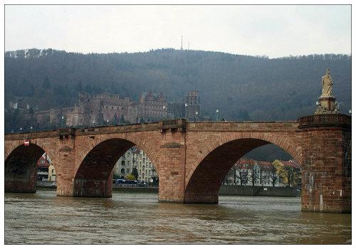 Каменный мост.