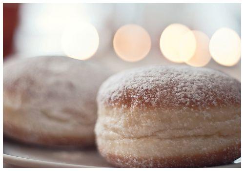Пончики.